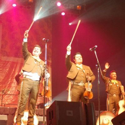 Grammy Award for Mariachi los Camperos de Nati Cano | Smithsonian Folkways Magazine