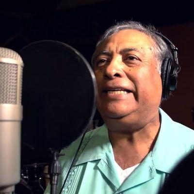 """José-Luis Orozco Canta """"El Baile de las Legumbres"""""""
