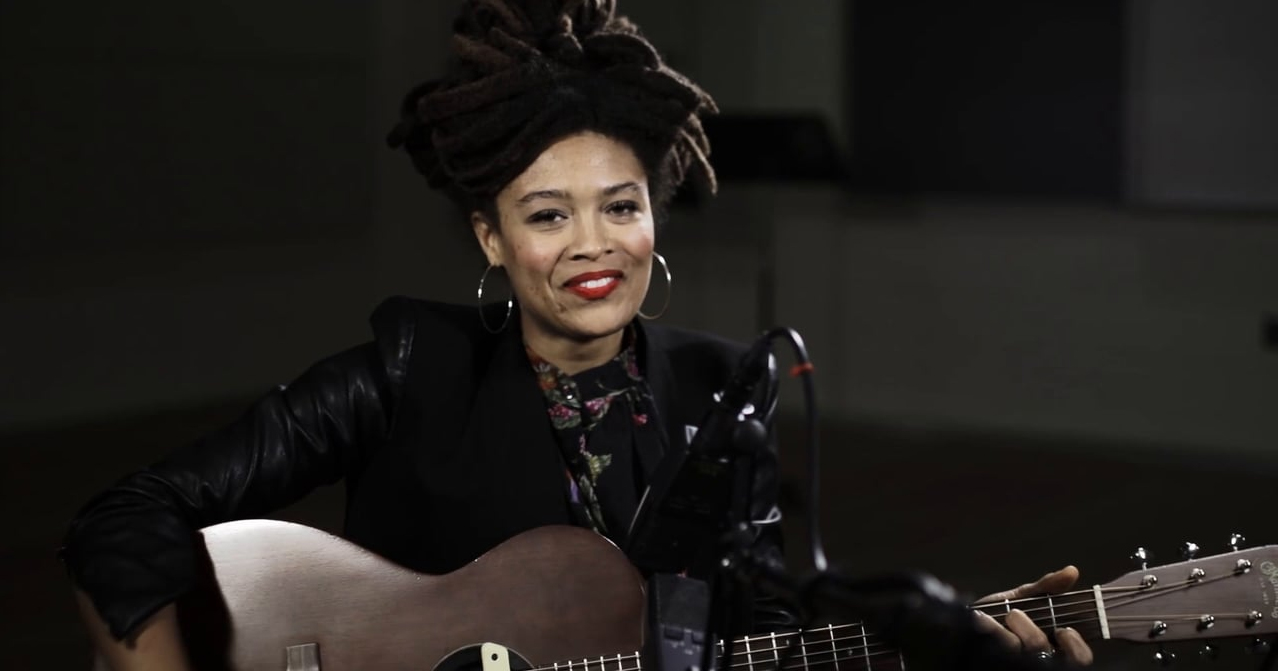 Valerie June plays Lead Belly's 'Goodnight Irene'